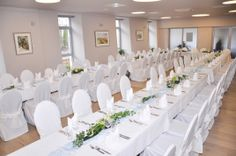 Der Festsaal bereit für die Hochzeit!