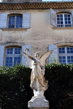 Fabulously French: La belle Provence...the village of Lourmarin