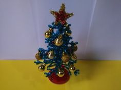 Como hacer un pino navideño con limpiapipas - YouTube Christmas Wreaths, Christmas Tree, Holiday Crafts, Holiday Decor, Margarita, Youtube, Diana, Videos, Pipe Cleaners