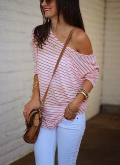 Definitely love off the shoulder.with shape (VS dolman style are awesome) slouchy/shapeless/baggy just looks sloppy (and fat) Style Casual, Style Me, Casual Outfits, Cute Outfits, Fashion Outfits, Fashion Trends, Casual Chic, Spring Summer Fashion, Spring Outfits