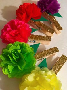Mexican Glitter Clothespins Baby Shower Bridal Shower Games Wedding Reception Escort Card Holders Photos - This is an order of 15 gold glitter clothespins with tissue flowers attached. Mexican Theme Baby Shower, Mexican Bridal Showers, Fiesta Baby Shower, Baby Shower Cards, Baby Shower Themes, Baby Shower Decorations, Shower Ideas, House Decorations, Shower Baby
