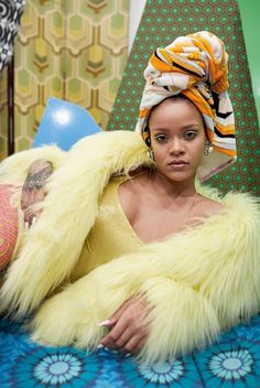 Rihanna makes another appearance in Vogue Paris December/January styled by Anastasia Barbieri & Bernhard Willhelm with images by Juergen Teller ./ Hair by Yusef Williams; makeup by Yadim Rihanna Outfits, Style Rihanna, Looks Rihanna, Rihanna Mode, Rihanna Riri, Rihanna Baby, Rihanna Dress, Rihanna Fashion, Gowns