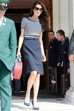 What: Oscar de la Renta dress When: October 16, 2014 Where: London Heathrow Airport