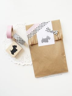 Ghirlanda di Popcorn | The perfect couple: a Scottish Terrier stampa and black polka dots.