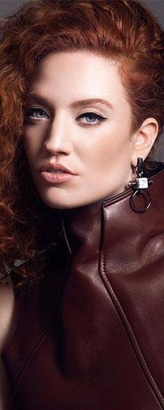 Jess Glynne Cool Eyes, Amazing Eyes, Jess Glynne, Ginger Models, I Love Redheads, Gorgeous Redhead, Female Actresses, Girl Crushes, Red Hair