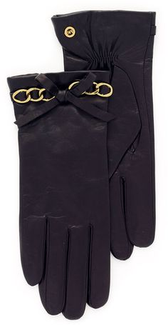 new leather gloves, black or brown  Michael Kors Leather Gloves | Accessorize Me :: the-glitter-side.blogspot.com