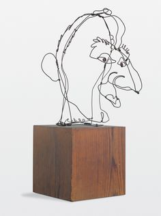 Alexander Calder wire sculpture portrait of Jimmy Durante. reminds me of the incredible project the atelierista did at the Reggio school I worked at. Alexander Calder, Art Fil, Wire Drawing, Kinetic Art, Sculpture Art, Wire Sculptures, Sculpture Portrait, 3d Portrait, Sculpture Projects