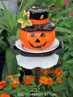 Halloween pumpkin garden stake by Garden Whimseis by Mary
