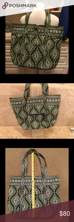 Vera Bradley Shopper/Tote Large, Vera Bradley Tote/Shopper (measurements are in the last 2 photos) in the now retired Cambridge pattern. This is brand new, with the tag. Never been used. Vera Bradley Bags Totes