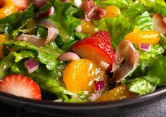 Spinach and Romaine Salad w/ Strawberries and orange (7 Fruity Summer Salads - Prevention)
