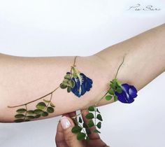 Source: Pis Saro  #tattoo #tattoos #tats #tattoolove #tattooed... #tattoo #tattoos #tattooed #art #design #ink #inked