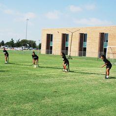 Flat Back Four/Bungee Training Belt Set Soccer Workouts, Thing 1, Running Training, Workout For Beginners, Belt, Flats, Battle, Race Training, Belts