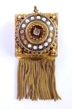 1920-40S-GOLD-TONE-VICTORIAN-BROOCH-PIN-WALTER-LAMPL-WATCH-Keeps-Time