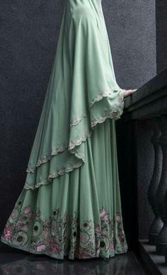 New Fashion Hijab Syari Ideas Muslim Women Fashion, Modern Hijab Fashion, Hijab Fashion Inspiration, Islamic Fashion, Abaya Fashion, Modest Fashion, Hijab Gown, Hijab Outfit, Moslem Fashion