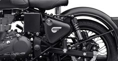 Royal Enfiled Classic Stealth Black 500 - Royal Enfield has launched two new editions for Classic 350 and Classic 500 range. This will be Classic 500 Stealth Black and Classic 350 Gun Grey. Enfield Bike, Enfield Motorcycle, Motorcycle Style, Classic 350 Royal Enfield, Enfield Classic, Royal Enfield Wallpapers, Royal Enfield Accessories, Royal Enfield Modified, Biker Gear