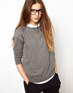 The perfect, high quality, grey sweatshirt.