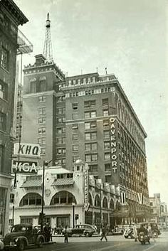 Davenport Hotel and Restaurant (Kirtland Cutter, restaurant, 1900, hotel, 1914), Spokane, 1950s  Postcard