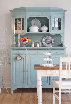 shabby chic on pinterest shabby chic cottages and mirror. Black Bedroom Furniture Sets. Home Design Ideas