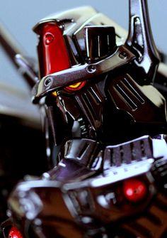 ボークス SAV バッシュ・ザ・ブラックナイト | 黒室SPEED//// FSS‐MHGK製作 Five Star, Gundam, Sword, Knight, Robots, Future, Model, Highlight, Future Tense
