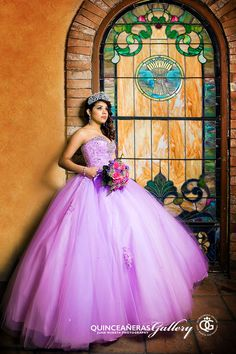 Houston quinceaneras photographer – Quinceañeras Gallery by Juan Huerta Photography is an art specialist and will be there for your … Quinceanera Dresses, Quinceanera Party, Types Of Dresses, 15 Dresses, Wedding Dresses, Dress Picture, Picture Poses, Quinceanera Photography, Long Formal Gowns