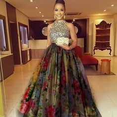 Pinterest • @ThatHiddenBee Latest African Fashion Dresses, African Dresses For Women, African Attire, African Wear, Women's Fashion Dresses, African Print Skirt, African Print Dresses, African Print Fashion, African Wedding Dress