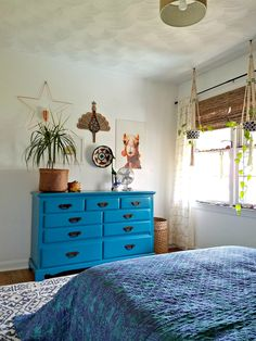 Paint is absolutely one of the most impactful ways you can create change in a space. That's why you'll see paint projects for every objec. Teal Painted Dressers, Turquoise Painted Furniture, Teal Dresser, Dresser As Nightstand, Chalk Paint Furniture, Furniture Projects, Furniture Makeover, Diy Furniture, Furniture Design