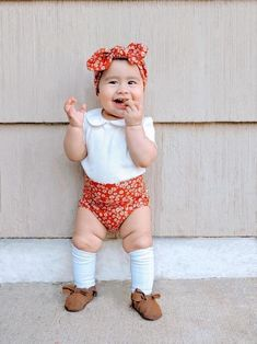 Dainty Daisy Rust Rib Bummies and Top Knot Headband Set, Baby Girl Cute Outfit, Diaper Cover, Toddler High Waisted Shorts Trendy Baby Clothes, Baby & Toddler Clothing, Kids Clothing, Baby Boy Outfits, Kids Outfits, Cute Outfits, Preemie Clothes, Crochet Baby Booties, Crochet Hats