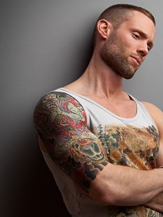 Don't know who this is, but men with tattoos are SOOO sexy ❤ Hot Tattoos, Tribal Tattoos, Tattoos For Guys, Tatoos, Tattooed Guys, Sleeve Tattoos, Tattoo Project, Inked Men, Facial Hair