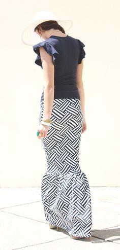 Nautical Fishtail Skirt in Navy + White - DIMILOC #fishtail #maxi #maxiskirt #nautical #resort #fashion #mermaid #skirt