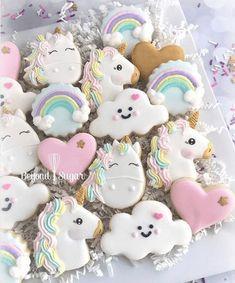 Cute rainbow, unicorn sugar cookies for kid's birthday party, baby shower, birthday & kitchen tea Unicorn Themed Birthday, Birthday Party Themes, Birthday Cake, Birthday Presents, Birthday Ideas, 10th Birthday, Cupcakes, Cupcake Cakes, Unicorn Foods
