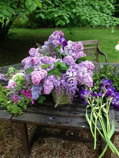 In the lilac garden. Lilac Flowers, Purple Lilac, Beautiful Flowers, Lilac Bushes, Lily Of The Valley, Back To Nature, Belle Photo, Beautiful Gardens, Flower Power