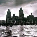 En las Galerías abiertas de las Rejas de Chapultepec, se presenta Paseando por la Ciudad de México, Exposición de Fotografía de Manuel Ramos 1900-1940.Ésta muestra imágenes de los distintos barrios de la ciudad de México como: La merced, Centro Histórico, Reforma Chapultepec, Polanco, Popotla, alrededores de la Villa de Guadalupe, Xochimilco y paisajes de los …