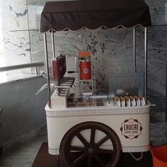 Coffee Carts, Coffee Shop, Churreria Ideas, Crepe Station, Food Cart Design, Ice Cream Companies, Food Truck Business, Nasi Goreng, Kiosk