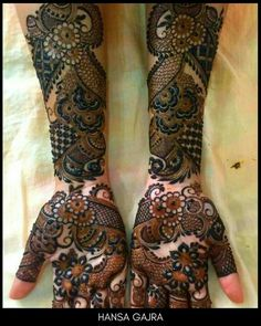 Let your life. and your mehendi. 🌸🌸 There's nothing called 'too much floral'. Here's a beautifully crafted… Wedding Henna Designs, Peacock Mehndi Designs, Mehndi Designs Feet, Khafif Mehndi Design, Mehndi Designs Book, Mehndi Designs 2018, Stylish Mehndi Designs, Dulhan Mehndi Designs, Mehndi Design Pictures