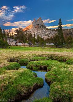 Cathedral Lakes, Yosemite National Park by Brian Knott                 Travel Gurus - Follow for more Nature Photographies!
