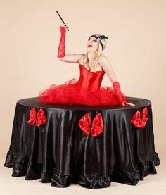 Zivy stol Kabaret  #zivystol #zivestoly #zimnakralovna #stol #modrystol #party #partystol #partystoly #kabaret #jazz #oldiesparty