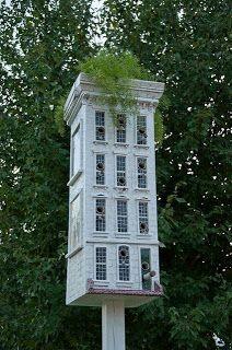 Beautiful Birdhouse or Bird Condo!