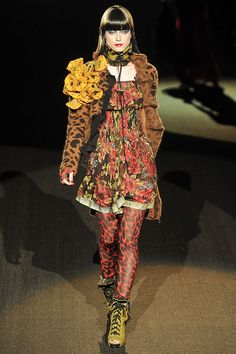 How could one NOT like Betsey Johnson???