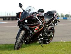The Bennets Insurance Custom painted R1 by Altamura Concepts. Custom carbon body work and custom carbon paint.