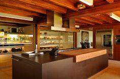 Belas Casas: Mansão em Buzios projetada por Bernardes e Jacobsen