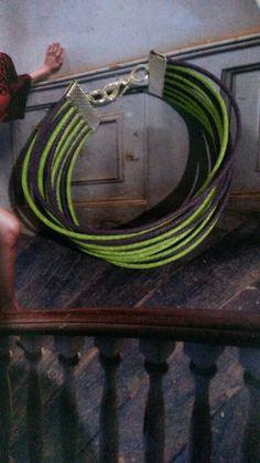 Pulsera verde y morado