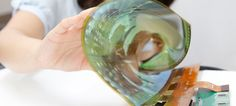 This Flexible 18-Inch Screen Rolls Into a Tube One Inch Across