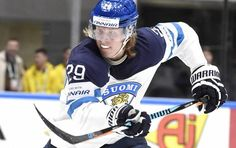 Patrik Laine on hurmannut koko kiekkomaailman. Kids Playing, Hockey, Baseball Cards, My Love, Sports, Hs Sports, Children Play, Excercise, Sport