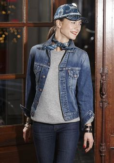 Woman cap in « Hermes Sport » print on duffle jersey, calfskin piping #Hermes #WomanHat #Fashion #HermesHats