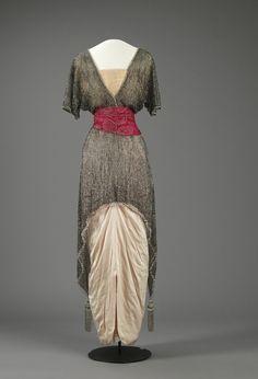 Dress  1914  Nasjonalmuseet for Kunst, Arketektur, og Design