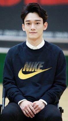 150819 CHEN for 'In The Heights' Musical Rehearsal © kachen↳ do not edit or remove the logo. (I really like his hair and ears? Park Chanyeol, Chanyeol Baekhyun, K Pop, Kai, Kdrama, Kim Jong Dae, Kim Minseok, Xiuchen, Exo Ot12