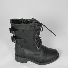 This are so cute!!! They would match my combat boots, defiantly getting some for my daughter when she starts walking :)