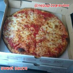 NEPA Pizza Review MAMMA MIA's pizza in Clarks Summit, PA medium pizza with sweet sauce