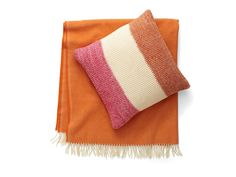 11 Pairs of Cozy Pillows and Throws #hgtvmagazine // http://www.hgtv.com/design/decorating/furniture-and-accessories/11-cozy-pillow-and-throw-pairs-pictures?soc=pinterest