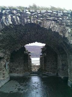Scottish castle Loch Ness